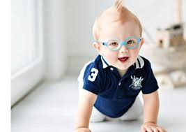Brille für Babys und Kleinstkinder
